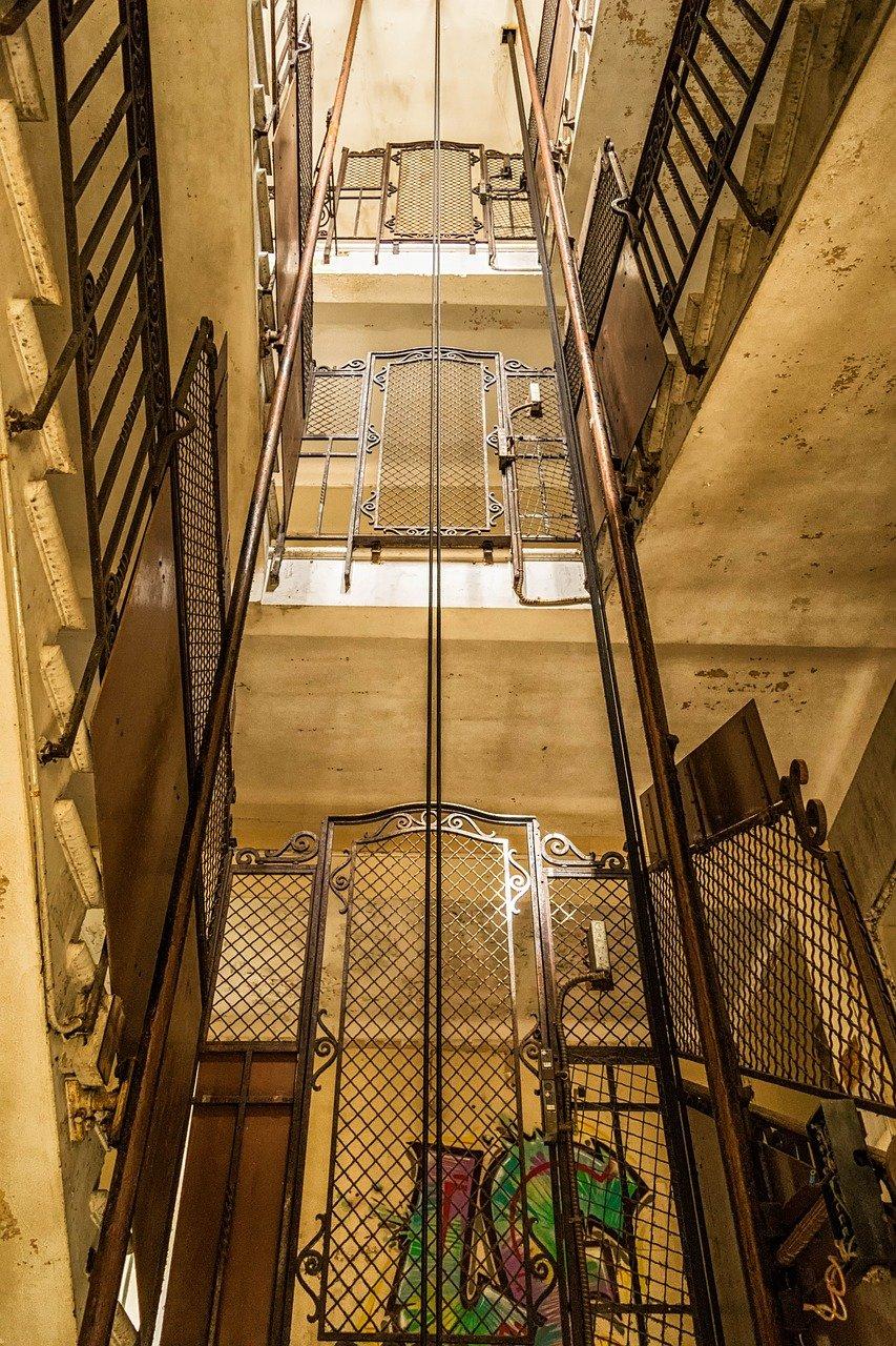 ascensor Madrid hotel